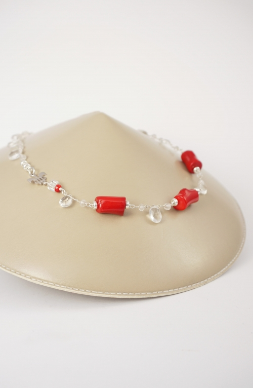 collar plata y coral rojo