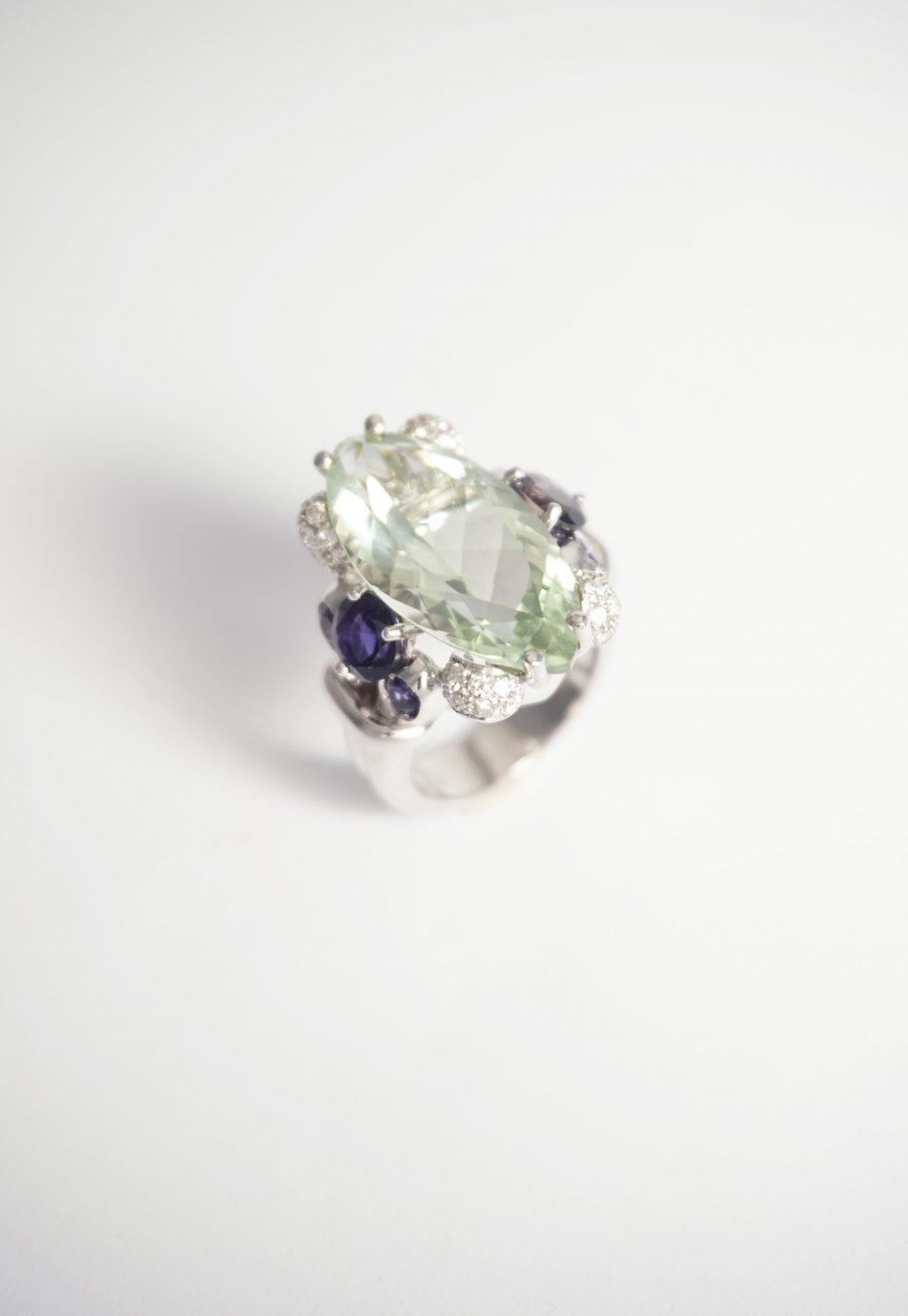 prasiolita iolita anillo oro blanco