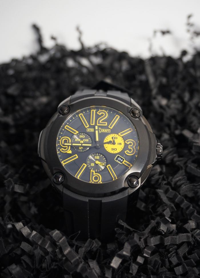reloj todo negro redondo