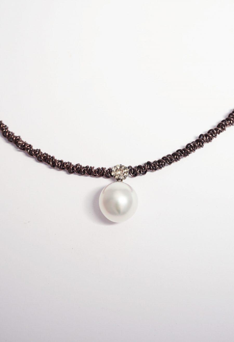 perla australiana oro y brillantes brown