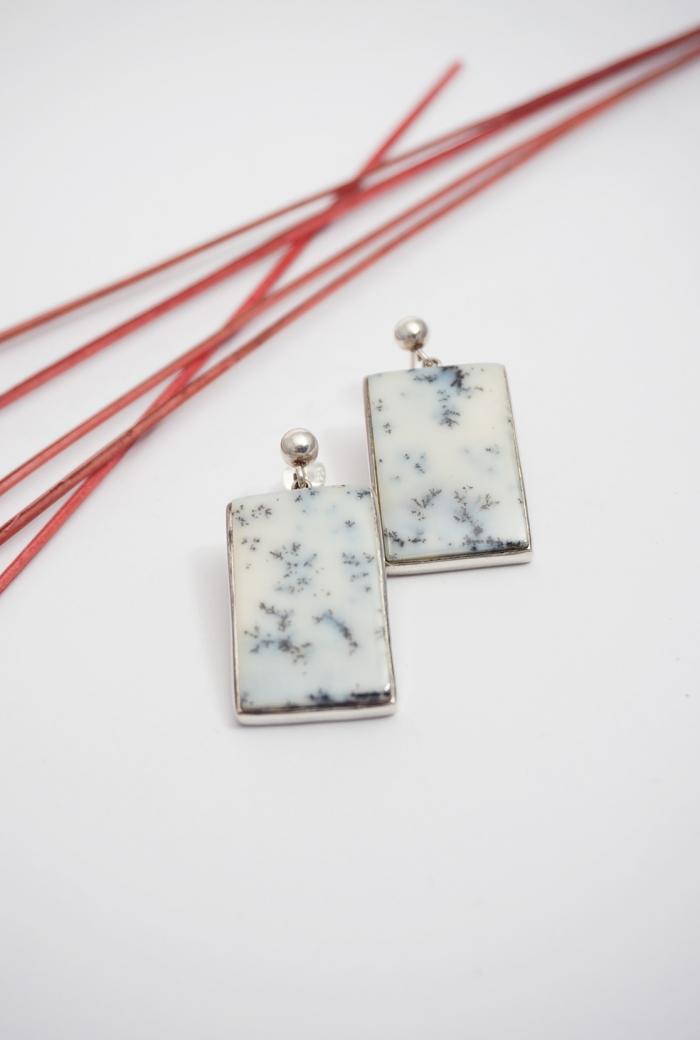 pendientes gemas blancas