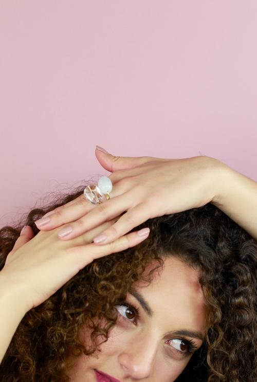 anillo piedra preciosa