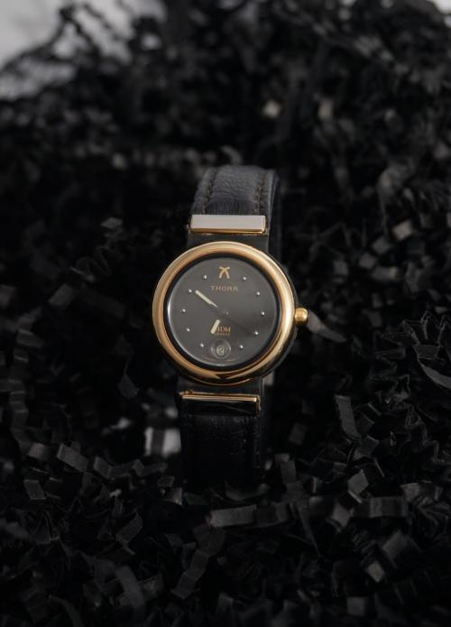 Reloj thor de acero y oro para señora
